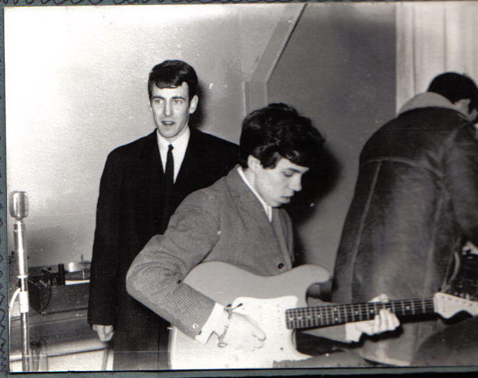 Early pics, show Dec encouraging other young musicians.